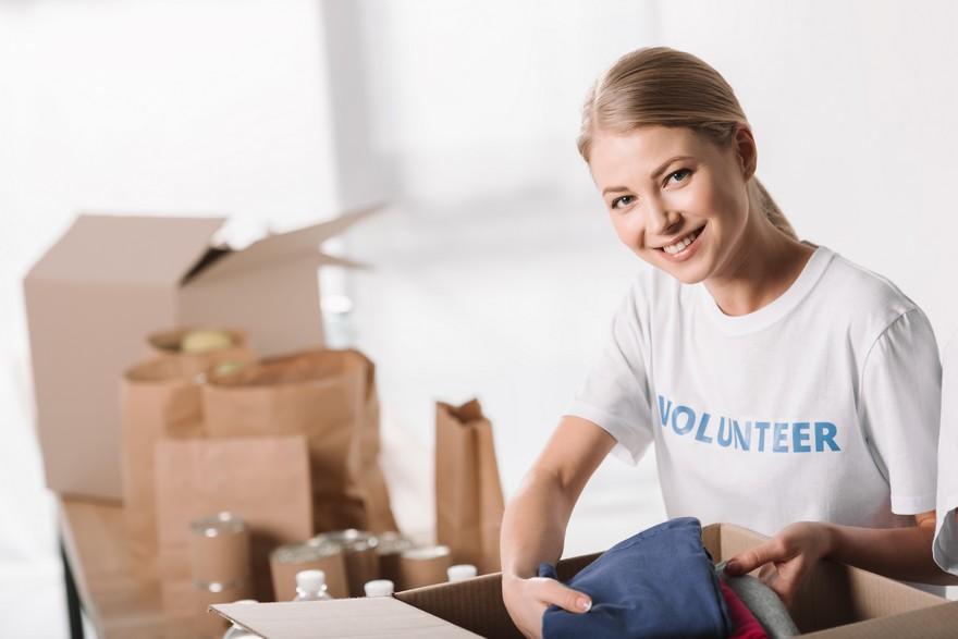 Comment faire du bénévolat depuis chez soi ?