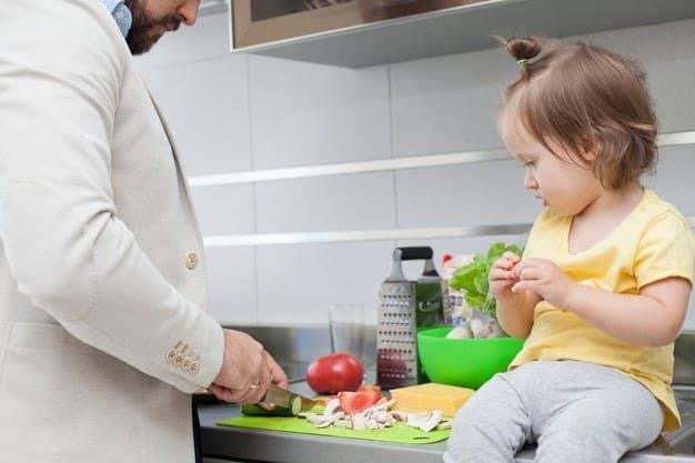 Idée reçue (3/3) : seules les femmes peuvent gérer le quotidien de la maison