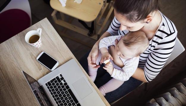 Le retour de congé maternité : comment le gérer ?