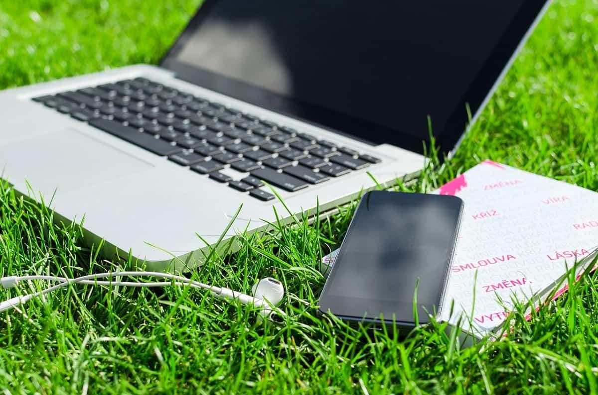Travailler dehors : une tendance à adopter en cette rentrée