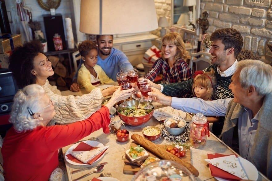 Les avantages des fêtes de fin d'année en comité restreint